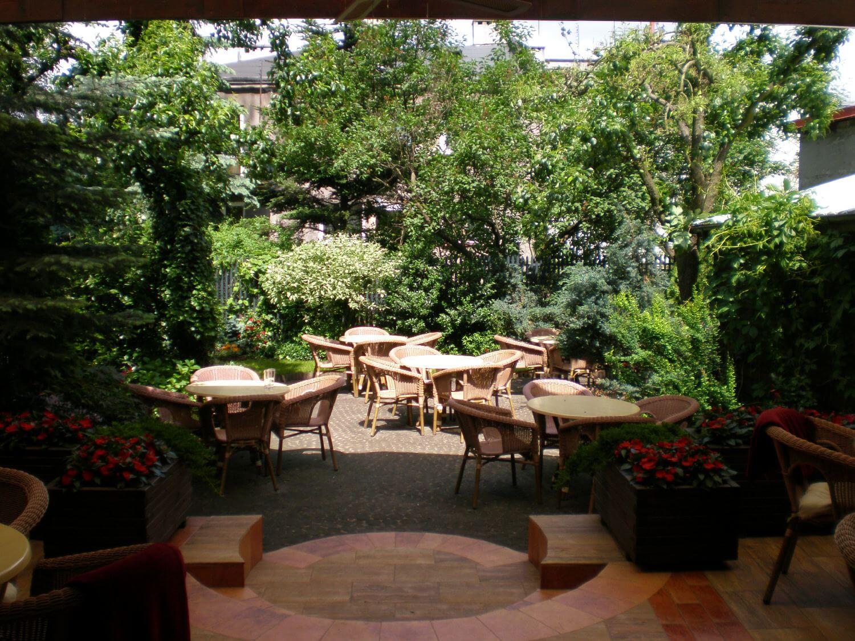 stoliki i krzesła ogrodowe